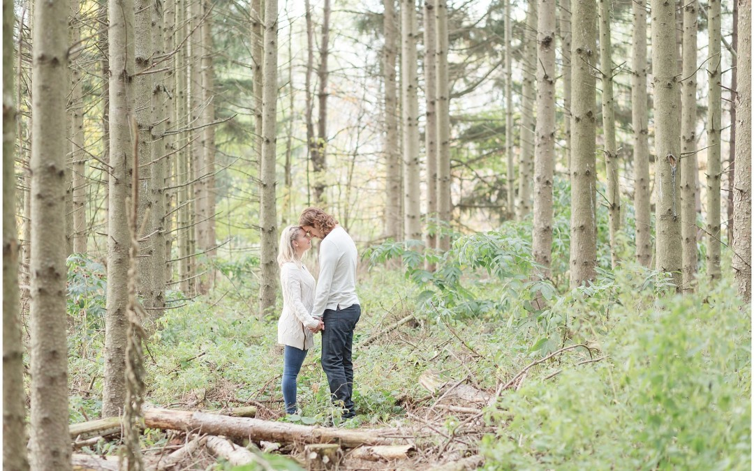 Tony & Courtney – Waterdown Engagement Photography – Hamilton Engagement Photographer